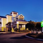 Photo of Holiday Inn Express Charleston
