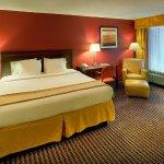 Photo of Holiday Inn Express Charleston