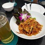 Foto de Chariot Pub & Restaurant