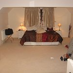 Chepstow Suite-some bed!