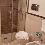 301, single bathroom