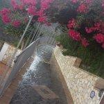 Лестница, ведущая к верхнему бассейну