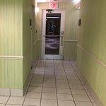 Hampton Inn & Suites Bayside