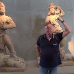 Statue raffiguranti la Dea Shiva