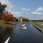 Boating toward liftlock
