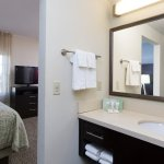 Photo de Staybridge Suites Buffalo-Amherst