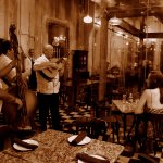 These wonderful Three Amigos dropped by the restaurant to hypnotize us with beautiful music...