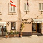 Roma Hotel Photo