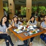 Photo de Lorin Solo Hotel