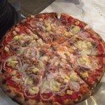 tuna pineapple onion pizza.