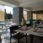Terrasse für Frühstück und als Restaurant draussen