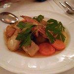 ペレペル・サツヴィー。うずらの蒸焼きグルジア風、クルミのサツヴィーソース仕立て。ソースがとても美味しかったです。
