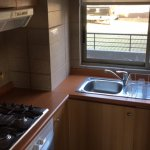 cocina equipada en forma adecuada para el numero de pasajeros para el departamento