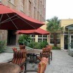 Patio Area, , Hampton Inn Convention Center, New Orleans, LA