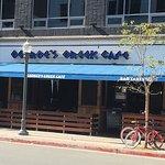 George's Greek Cafeの写真