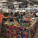ภาพถ่ายของ Rosebank Roof Market