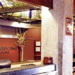 Photo de Hotel Whitcomb