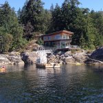 Complimentary guest kayaks and seasonal dock.