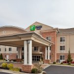 Photo of Holiday Inn Express & Suites High Point South