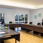 Meeting Room - U Shape Setup