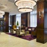 Photo de Ambassador Hotel Wichita, Autograph Collection