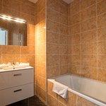 Salle de bains -  balladins Dijon Marsannay
