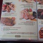 Foto de AWIW Restaurant & Pub