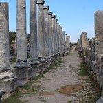 Photo de Perge Ancient City