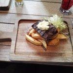 bavette beef & chips