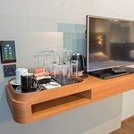 Klimaanlage, Flat-TV und Tee-/Kaffeezubereitung in Economy- und Standardzimmern
