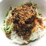 Grill lemongrass beef noodle salad