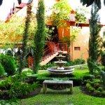 Jardín frente a las villas