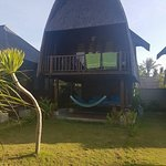 Foto Suka Beach Bungalow