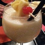 Virgin colada: latte di cocco, succo di ananas e latte condensato