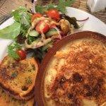 Marvellous macaroni cheese and salad