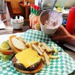 OREGON Fields Station hamburger + milkshake