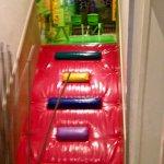 joli espace de jeux pour les enfants avec escalade