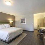 Photo of GreenTree Pasadena Inn