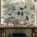 Kaminzimmer zur Weihnachtszeit