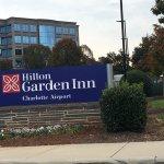 Photo de Hilton Garden Inn Charlotte Airport