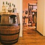 salle à manger avec vu sur le bar