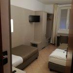 Photo de Hotel Vesuvio