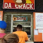Da Window at Da crack