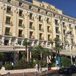 Photo de Hôtel Le Royal