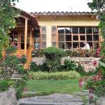 Hôtel Smanapacq : le patio et la salle à manger