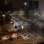 Blick auf den Hauptbahnhof am Abend