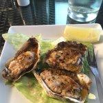 Huîtres à l'ail cuites au four
