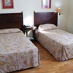 Habitación de matrimonio (americano, imagino, por lo de las camas separadas)