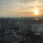 Great location and best view of Geneva centre. The hotel is 3 minutes walk from the cornavin tra