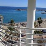 Photo de Hotel Villa de Laredo